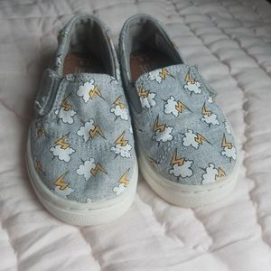 Toms size 5 toddler shoes